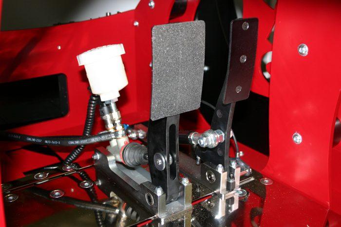 Pro-Sim Hydraulic Pedal System using AP Master Cylinder